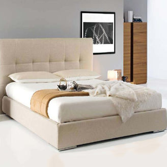 Picture of Classic Adult Bedroom