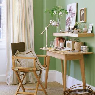 Picture of Classic Home Desk